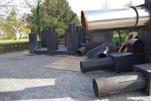 En skulptur lavet af kunstneren Ingvar Cronhammar er blevet solgt til skrot i Odense.
