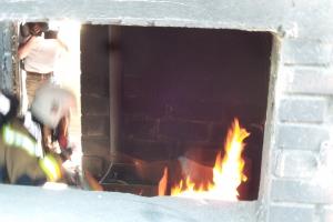 Demonstration af slukningsgranat(4)