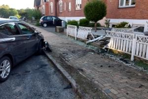 15. maj 2018: Da en patrulje tidligt tirsdag morgen ville stoppe en personbil i Odense, stak den af. Flere patruljer måtte sætte efter bilen, som endte med at køre galt. på Henriettevej.