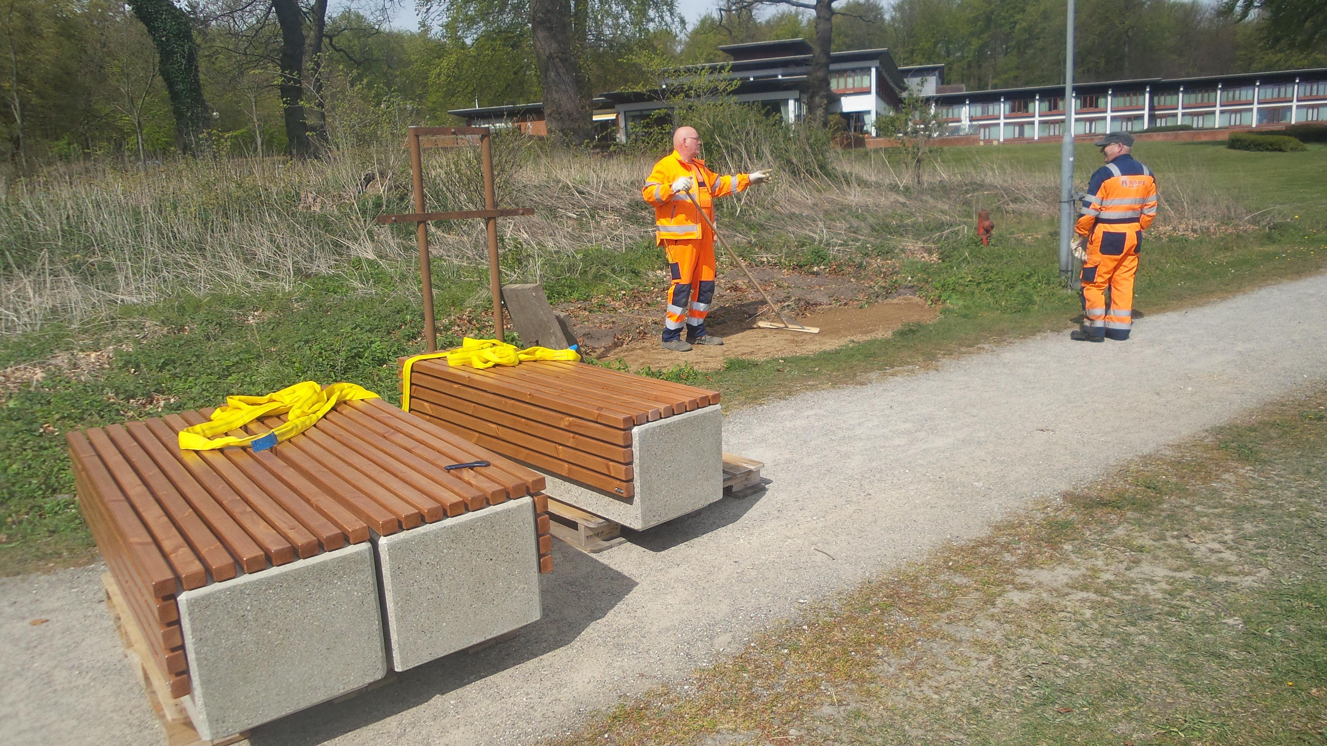 Nye bænke langs stranden ved Nyborg