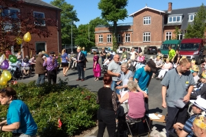 14. maj 2018: En uge før kronprins Frederik løber Royal Run i Odense, tog 87 beboere fra forskellige plejecentre i Odense forskud på løbet med deres helt eget Royal Run. Foto: Ole Holbech