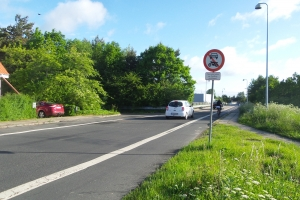Ulovlig kørsel på motorvejsbro