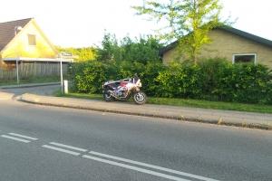 Mand død på motorcykel
