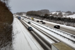 27. februar 2018: Snevejr motorvej. Foto: Ole Holbech