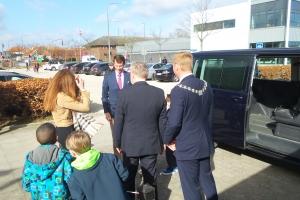 Prins Joachim besøgte Fjord&Bælt til deres 20 års jubilæum onsdag. Også Prinsesse Athena og Prins Henrik var med til fejringen.